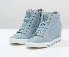Baskets Montantes Zalando, craquez Les DKNY CINDY Baskets montantes ash blue prix promo Zalando 160,00 €