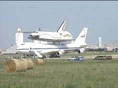 Piggy-backing shuttle lands at Amarillo's Rick Husband Airport, home of the world's 3rd largest runway and designated as  alternate landing site for Space Shuttle
