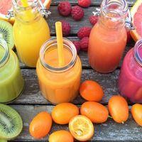 I denne sektion finder du proteinshakes og smoothies på 300 kcal. Alle steder h… Kiwi Smoothie, Fruit Smoothies, Healthy Smoothies, Superfood Smoothies, Healthy Protein, Breakfast Smoothies, Healthy Salad Recipes, Keto Recipes, Shake Recipes