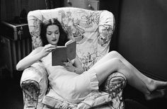 Showgirl Reading/NYC 1940s Photographer: Stanley Kubrick (film director)