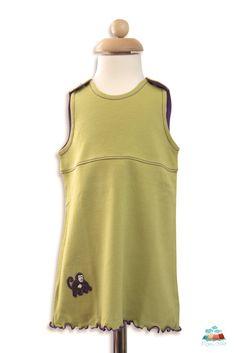 Babykleid aus feinster Bio PIma Baumwolle, mit Steinnuss-Knöpfen und niedlicher Äffchen Applikation.