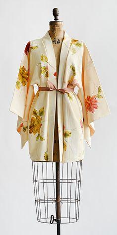 Blooms All About Robe | Vintage autumn rose silk haori jacket #haorijacket #vintage