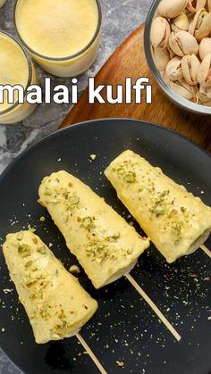 Malai Kulfi Recipe, Chaat Recipe, Pakora Recipes, Kulfi Recipe Video, Kulfi Recipe Easy, Spicy Recipes, Cooking Recipes, Summer Drink Recipes, Indian Dessert Recipes