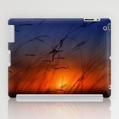Con las últimas luces iPad Case by unaciertamirada - $60.00