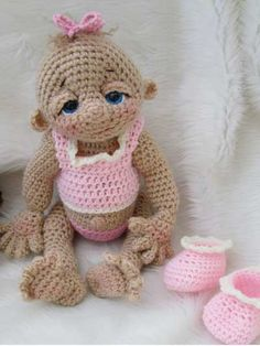 Crochet a girl doll pattern How to Crochet Super Cute Dolls and their Crochet Doll Clothes