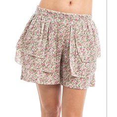 ❌FINAL PRICE ❌PINK FLORAL TIERED SKORT Super adorable and girly floral print shorts with a tiered front to look like a SKORT made of 100% cotton Boutique Shorts Skorts
