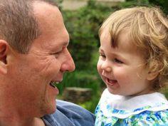 Tak Cuma Ibu, Ayah Pun Berperan dalam Perkembangan Anak