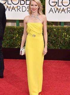 """Com um colar no formato de cobra da Bulgari, Naomi Watts brincou: """"Ela não morde, não se preocupe!"""". O vestido? Gucci Foto: John Shearer / John Shearer/Invision/AP"""