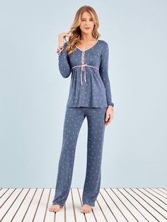 Pijama Longo Manga Longa Sweet Wishes - - Any Any Night Suit For Girl, Night Dress For Women, Girls Pajamas, Pajamas Women, Best Pajamas, Loungewear Outfits, Pajama Outfits, Cute Pajama Sets, Pajama Pattern