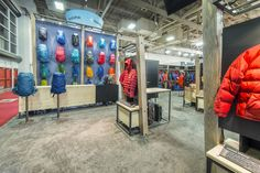 Condit is Colorado's top custom exhibit design and fabrication resource. We collaborate with you to create your unforgettable trade show booth. Backpack Wall, Show Booth, Magnetic Wall, Booth Design, Trade Show, Exhibit, Custom Homes, How To Memorize Things, Challenges