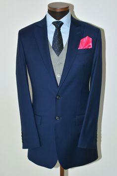 Kolmiosainen puku  Räätälistudio BQ - http://www.raatalistudio.fi/