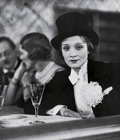 Marlene Dietrich at the annual Ball for the Foreign Press in Berlin, 1928. Photo by Alfred Eisenstaedt.