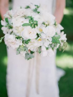Photography : Lori Paladino Photography | Wedding Photographers : Lori Paladino Photography Read More on SMP: http://www.stylemepretty.com/california-weddings/rutherford/2016/06/02/once-upon-a-time-this-napa-valley-wedding-escaped-from-a-fairytale/