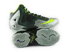 Spray Shoes