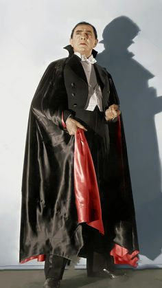 Lugosi Dracula, Famous Monsters, Classic Horror Movies, Vampires, Bats, Actors, People, Fashion, Moda