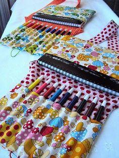 lovely little sweetpeas: On-the-Go Art Satchel Giveaway