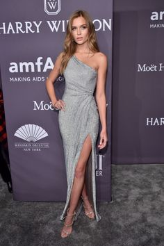 Josephine Skriver attends the Annual amfAR New York Gala on February 2017 in NYC Most Beautiful Dresses, Elegant Dresses, Cute Dresses, Prom Dresses, Formal Dresses, Josephine Skriver, Dress Outfits, Fashion Dresses, Mode Ootd