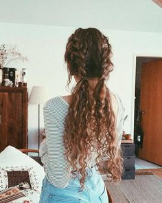 Long Box Braids: 67 Hairstyles To Upgrade Your Box Braids - Hairstyles Trends Curly Hair Braids, Easy Hairstyles For Long Hair, Box Braids Hairstyles, Long Curly Hair, Cute Hairstyles, Curly Hairstyles For Medium Hair, Shoulder Length Curly Hairstyles, Naturally Curly Hairstyles, Curly Hair Baby