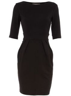 Look for a pattern with this silhouette. very versatile dress!