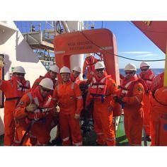 Treinamento de abandono. Equipe Vega Crusader!  #OnBoard #Treinamento #OffshoreLife #VidaDeEmbarcado by rickycheff
