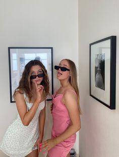 Cute Friend Pictures, Best Friend Photos, Best Friend Goals, Cute Photos, Friend Pics, Look Fashion, Fashion Outfits, Bae, Gal Pal