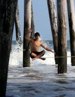 Gibbon Slacklines (en) - Media - Photos - Waterlining - waterline