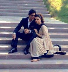 They look like husband and wife, naaaw! Shahrukh and Deepika. X