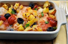 Merluzzo al forno con patate Fish Recipes, Seafood Recipes, Kitchen Time, Fish And Seafood, Food Network Recipes, I Foods, Italian Recipes, Macaroni And Cheese, Food And Drink