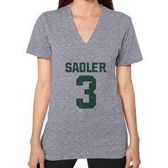 Sadler 3' V-Neck (on woman)