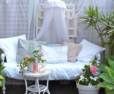 what a gorgeous day bed