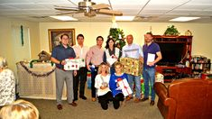 Newcor Volunteers at Local Senior Christmas Exchange