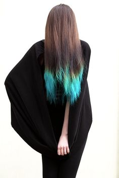 Perhaps one day if I get tired of the teal streaks, I can dip the ends instead...