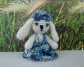 Lara petite lapine amigurumi au crochet : Accessoires de maison par hertadesign