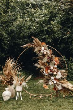 Get Inspired by the Folksy Fall Palette and Dried Palms in This Wedding Inspo at The Mulberry NSB Gorgeous fall-inspired ceremony decor featuring a circular backdrop decked with dried palms + warm toned florals Wedding Altars, Boho Wedding, Wedding Blog, Floral Wedding, Rustic Wedding, Wedding Ceremony, Wedding Flowers, Reception, Wedding Dress