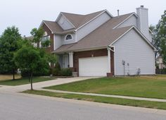 Home for sale in Carmel, Indiana: 4 bedroom, 3 bath, great neighborhood, great location, move-in ready! All new lighting, new bamboo flooring, many updates. All appliances, including washer and dryer, stay! Large Master Suite with vaulted ceiling, double sinks, and large walk in closet.