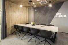 Corporate Office Decor, Modern Office Decor, Corporate Offices, Bank Interior Design, Conference Room Design, Small Office Design, Luxury Office, Workspace Design, Office Interiors