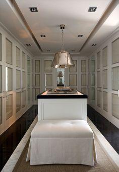 Beautiful Closet   Pablo Paniagua