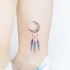 Crescent moon dreamcatcher by Heejae Jung