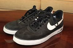 wholesale dealer 79a27 e82c9 Nike Air Force Ones Black   White Used