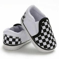 Cute Baby Shoes, Baby Girl Shoes, Boys Shoes, Baby Boy Outfits, Baby Boy Shoes Nike, Baby Vans, Toddler Shoes, Infant Girl Shoes, Infant Boy Fashion