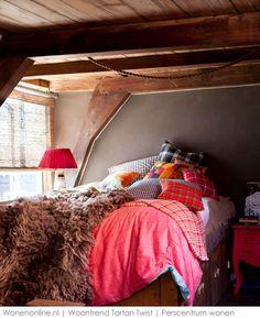 Deze winter vieren we de tartan! We zagen de ruit bij Céline en Chanel, maar niet alleen onze kleding gaat geruit. In het interieur zijn ruiten niet traditioneel, maar fris en tegendraads.