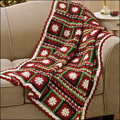 Snowflakes and Ribbons Throw free crochet pattern - Free Crochet Christmas Blanket patterns - The Lavender Chair