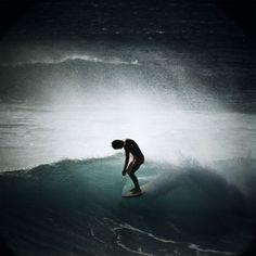 Midget Farrelly Surfing Shore Break, Makaha, 1968