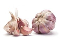 Recipe of the Day Lentil Roasted Garlic Soup Garlic Dip, Raw Garlic, Garlic Sauce, Roasted Garlic, Anti Histamine Foods, Garlic Health Benefits, Chickpea Stew, Lentil Soup, Natural Kitchen