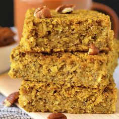 Maple Pumpkin Oatmeal Breakfast Bars are a delectable gluten-free breakfast or snack recipe that's flavored with pumpkin pie spice and pure maple syrup. Healthy, easy, and delicious. Gluten Free Breakfasts, Healthy Breakfast Recipes, Snack Recipes, Snacks, Breakfast Ideas, Healthy Recipes, Breakfast Dishes, Eat Breakfast, Healthy Meals