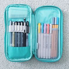 What's in my pencil case? I got a request to make a post like this so here it is! What's in my Lihit Lab pen case: • A TUL mechanical pencil • Retractable Muji pen in 0.5 • Muji pen in 0.38 • Pigma...