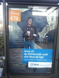 Agis levert hierbij een reclameposter die duidelijk maar wel zeer saai is. Het merk, product en prijs worden duidelijk vermeld. Door de grijs/blauwtinten valt de poster helaas een beetje weg in de achtergrond. Hierdoor valt deze reclameuiting minder goed op, en wordt de kijker niet/nauwelijks uitgenodigd om deze poster te bekijken.