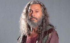 Paulo Gorgulho emociona como Anrão em 'Os Dez Mandamentos'