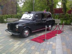 Taxi Photobooth Hire Buckinghamshire