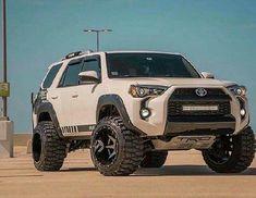 That Stance Though! Toyota 4x4, Toyota 4runner Trd, Toyota Trucks, Toyota Cars, Toyota Celica, Ford Trucks, Toyota Four Runner, Hummer Cars, Suv 4x4